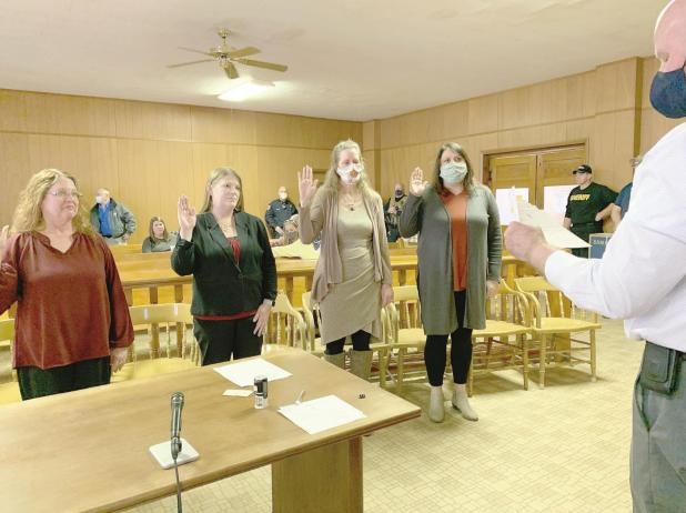 Local elected officials sworn into office