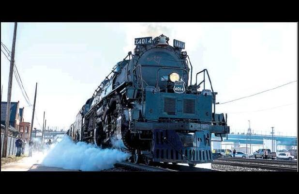 UP's Big Boy No. 4014 steam engine on tour